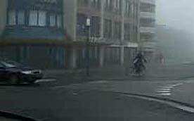 cyclist_signaling_LT_crop